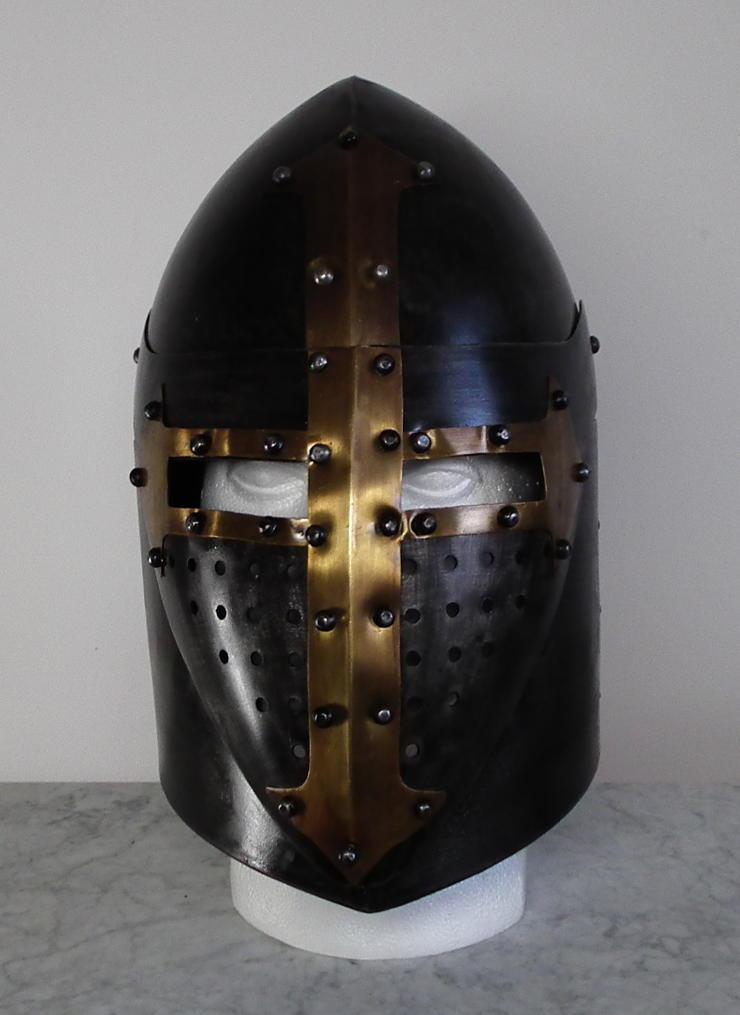 Templar Helmet (Enclosed Helmet)